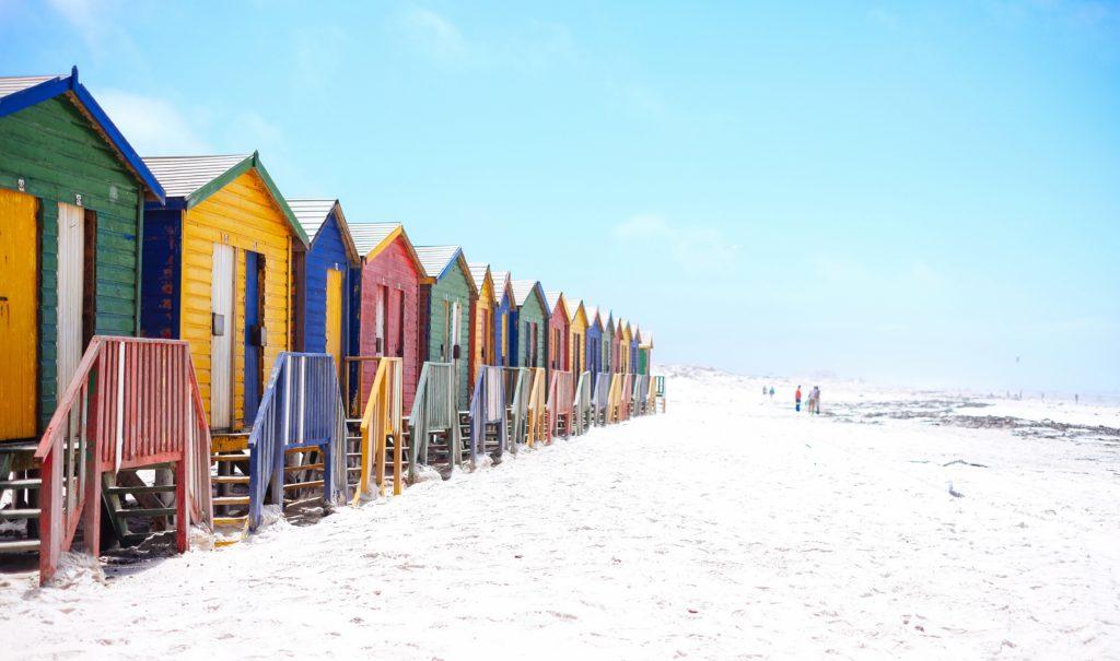 Bunte Strandhäuser in Muizenberg
