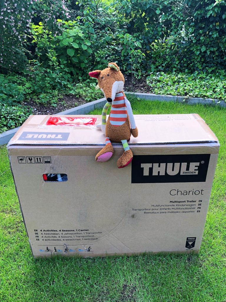 Paket mit Thule Chariot Sport 2019