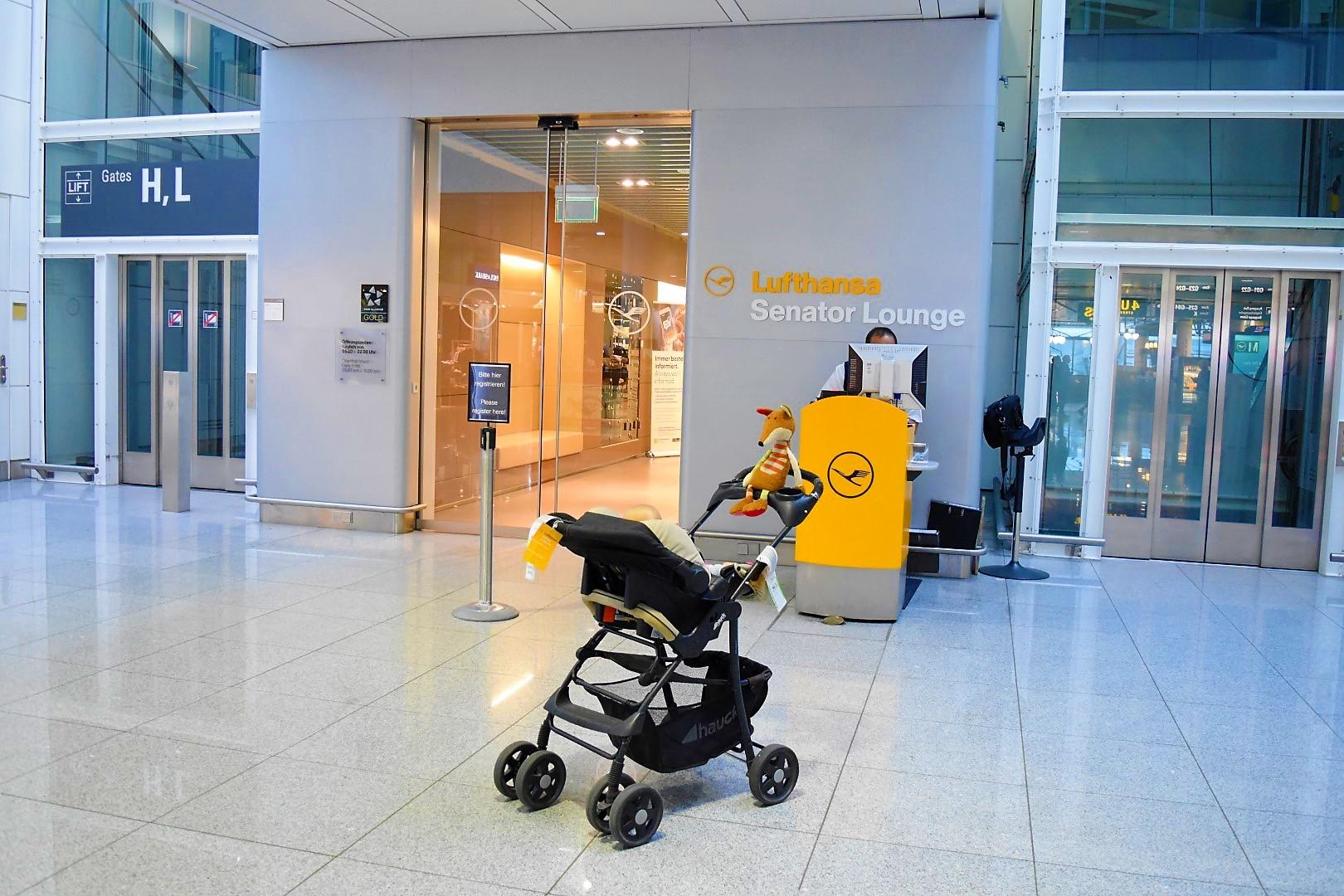 Eingang Lufthansa Senator Lounge MUC Terminal 2 Schengen Gate G