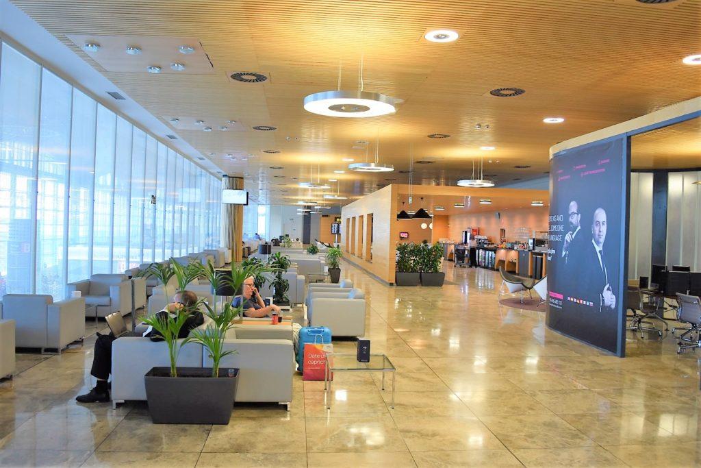 Eingangsbereich SALA VIP Lounge Alicante Airport