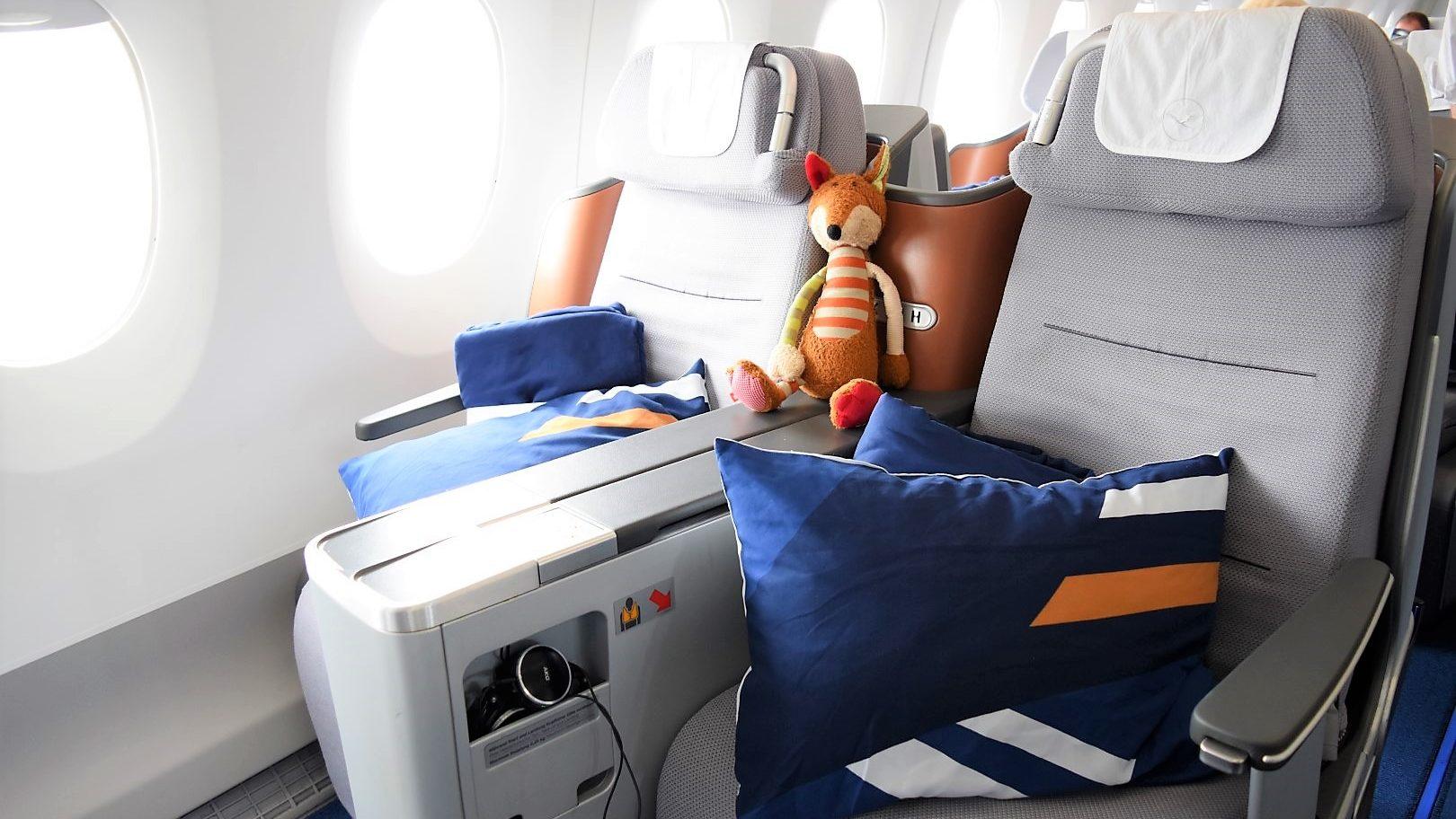 Baby Test: Lufthansa Business Class im Airbus A350 von Kapstadt nach München
