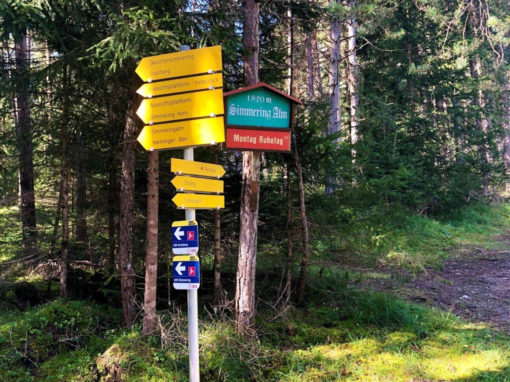 Von der Talstation des Grünberg Lifts den Alpsteig entlang