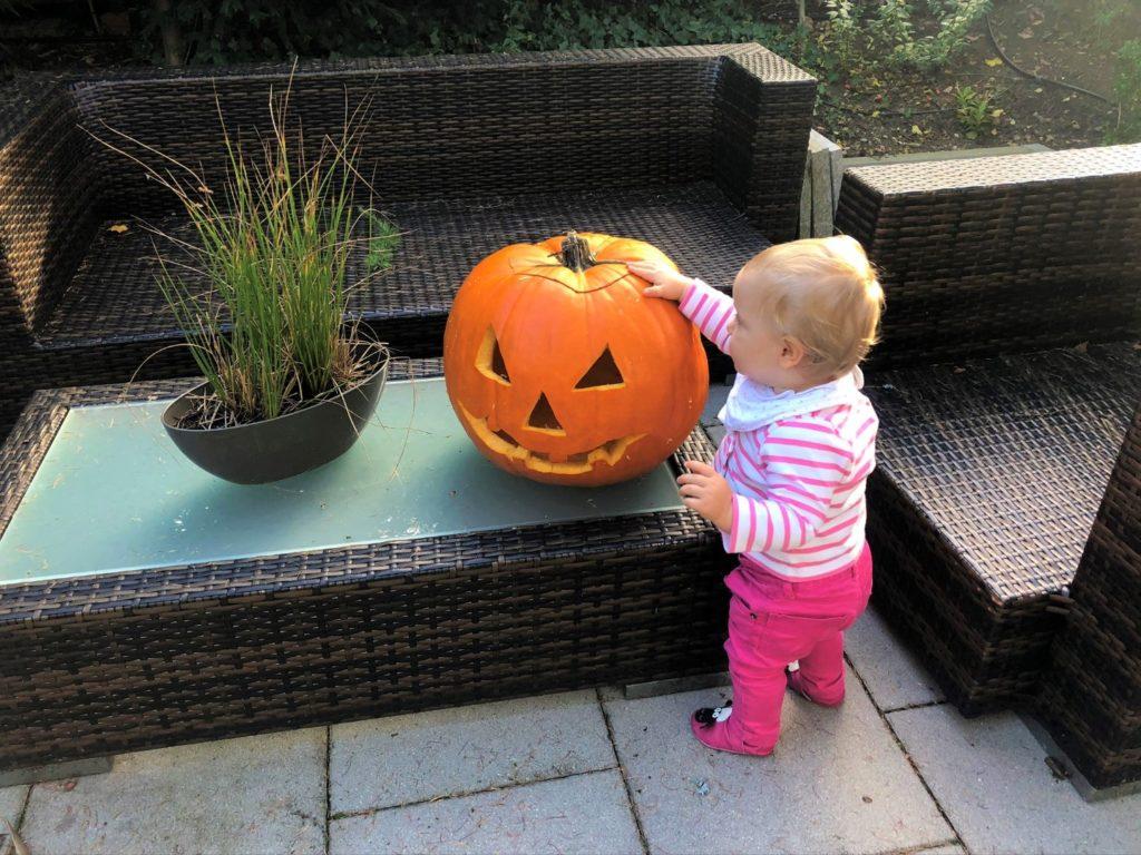 Victoria Kürbis Halloween