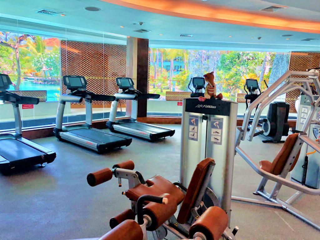 Fitness Studio / Gym - 24 Stunden geöffnet und das mit Fitness Trainer